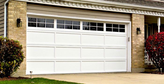 residential garage doorsResidential Garage Doors by Hrmann